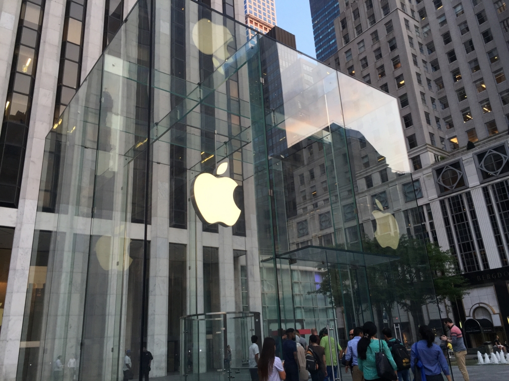 New York Apple Store Fifth Avenue、5番街のApple Storeはやっぱり楽しかった!