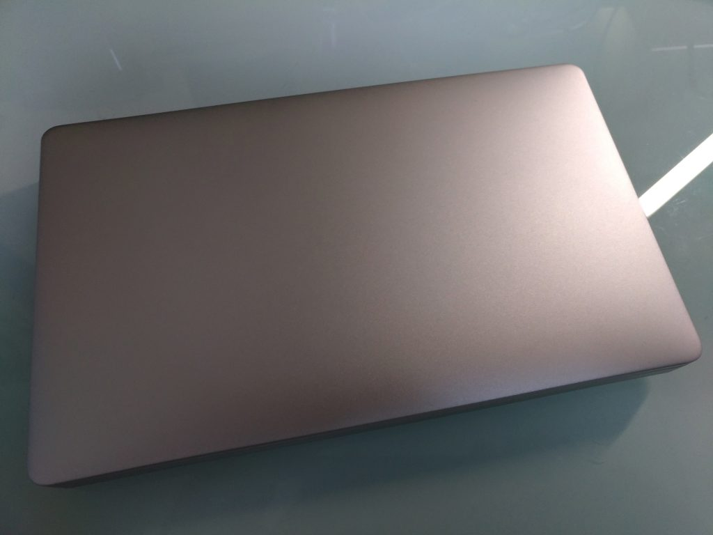 GPD PocketはモバイルPCの理想形なのか?ファーストレビュー!